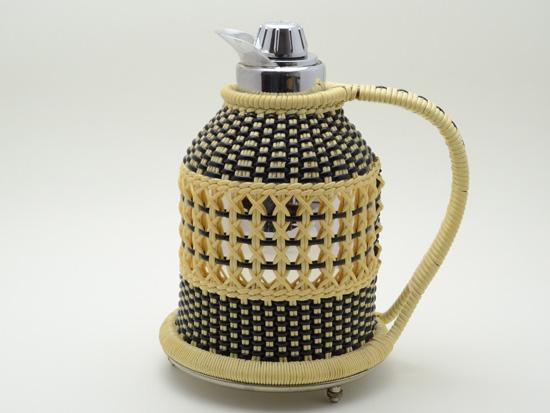 スウェーデン 籐製の保温ポット