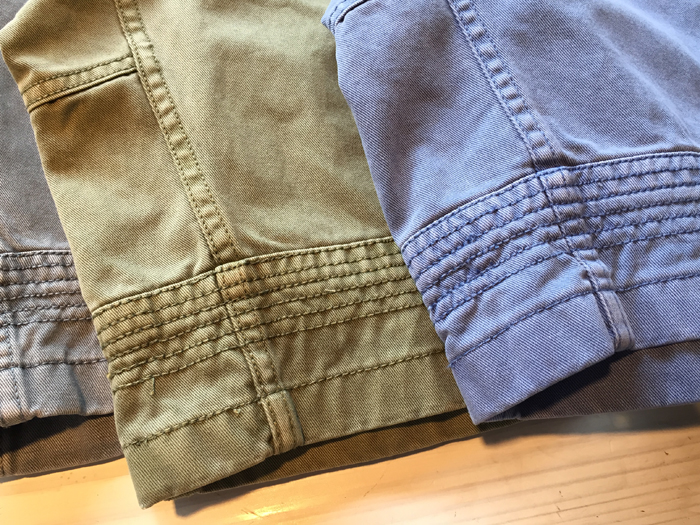 WM x Gramicci GARMENT DYED TRIPLE NEEDLE STITCH SHORTS