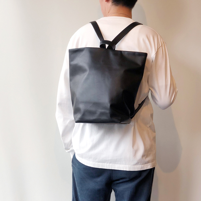 Aeta/COW KIP LEATHER RUCKSACK M