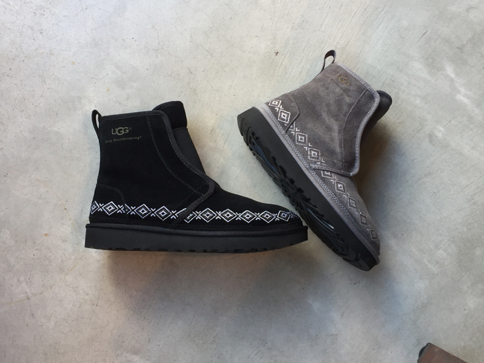 White Mountaineering/WM × UGG EMBROIDERED FRONT GORE BOOTS