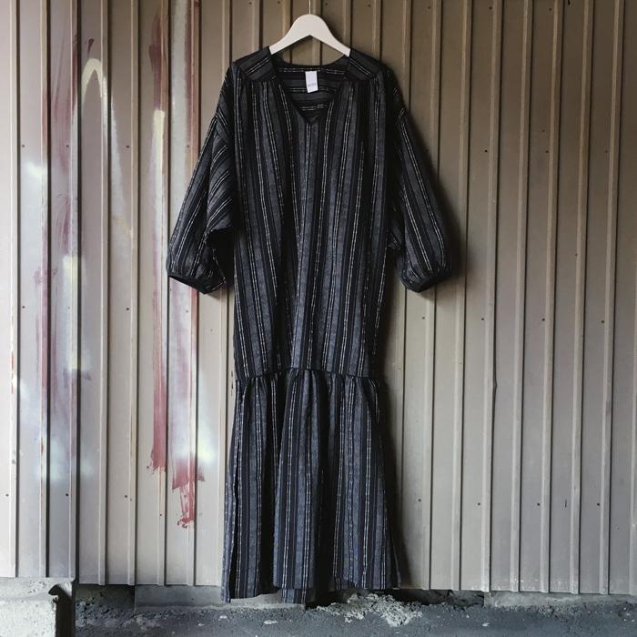 KiiRA/LC MERMAID V-OP (BLACK)