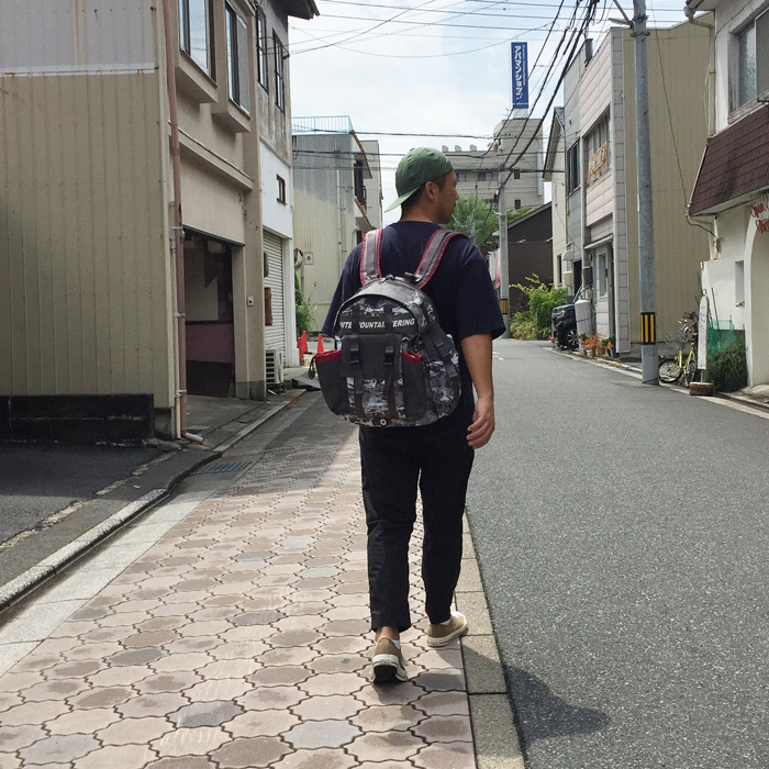 White Mountaineering/WM x EASTPAK MOUNTAIN WAVE PRINTED MULTI POCKET BACKPACK