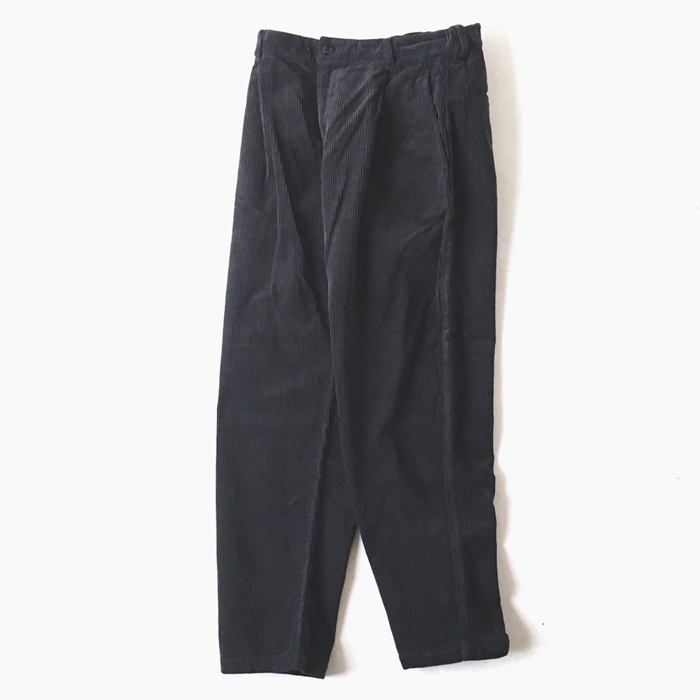 BLUE BLUE JAPAN/CORDUROY ONE-TUCK BUGGY PANTS