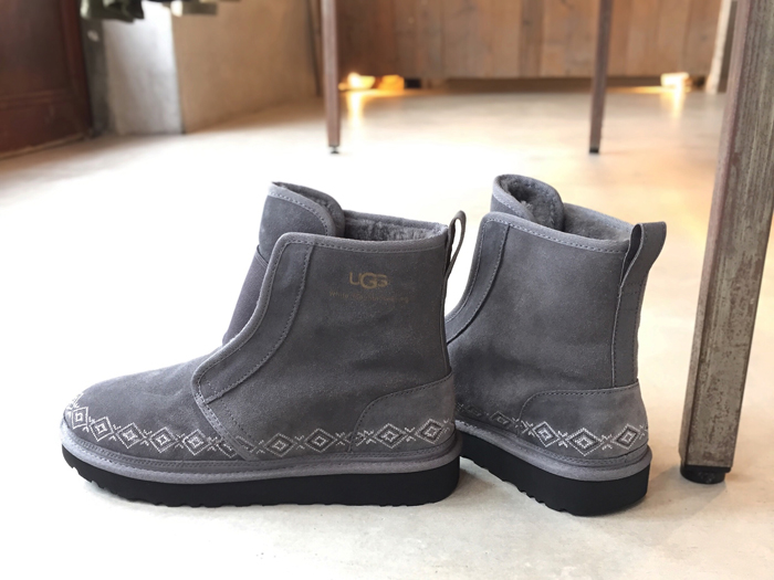White Mountaineering/WM × UGG EMBROIDERED FRONT GORE BOOTS MENS
