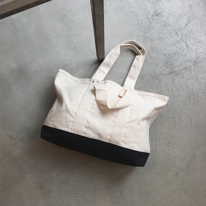 MHL./LARGE CANVAS TOTE BAG