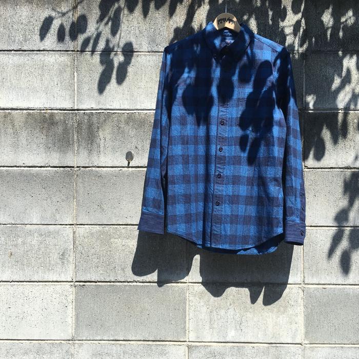 BLUE BLUE JAPAN/INDIGO FLANNEL MURABASSEN BUTTON-DOWN SHIRT