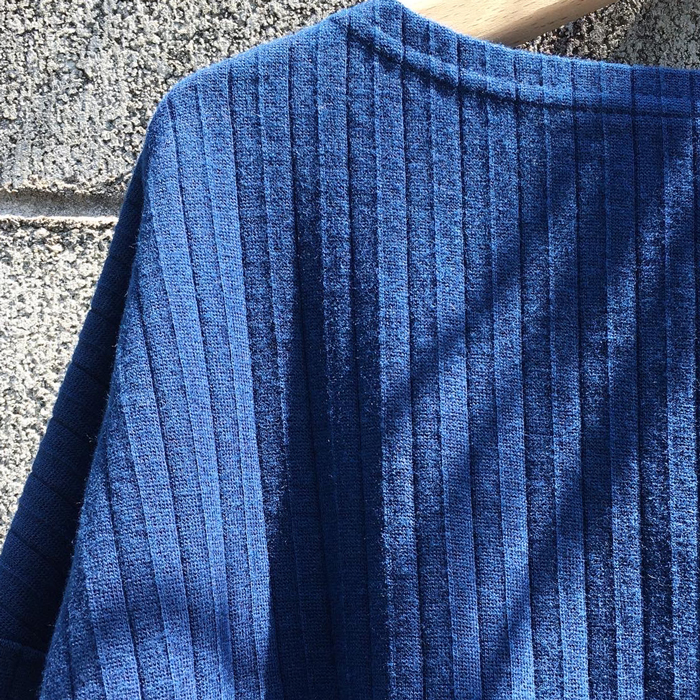 BLUE BLUE JAPAN/PLEATED MILLING TEZOME BOAT NECK LS WOMENS