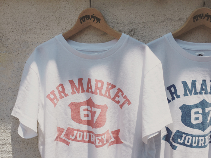 HOLLYWOOD RANCH MARKET/COLLEGE RIBBON HR MARKET T-SHIRT