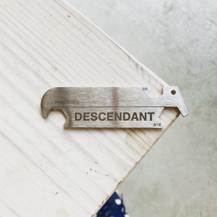 DESCENDANT/PICK ITEM