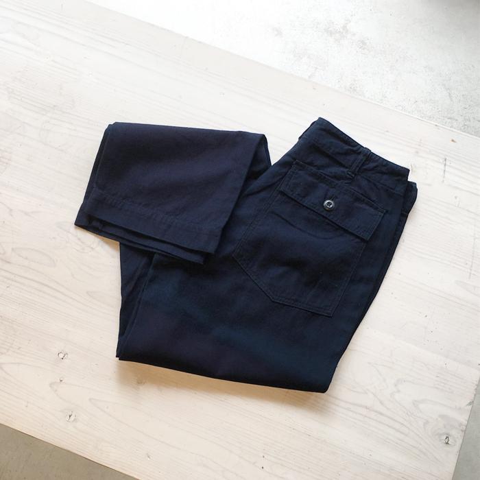 BLUE BLUE JAPAN/BACK SATIN UTILITY PANTS