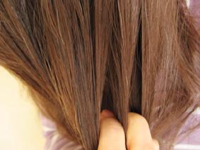 髪の毛に伸ばす