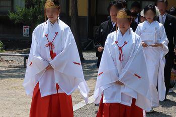吉備津彦神社挙式(巫女)