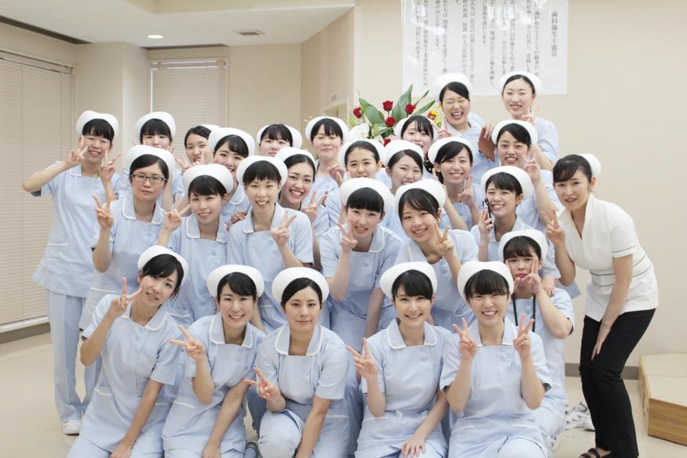 鳥取市医療看護専門学校|看護学科、理学療法士、 …