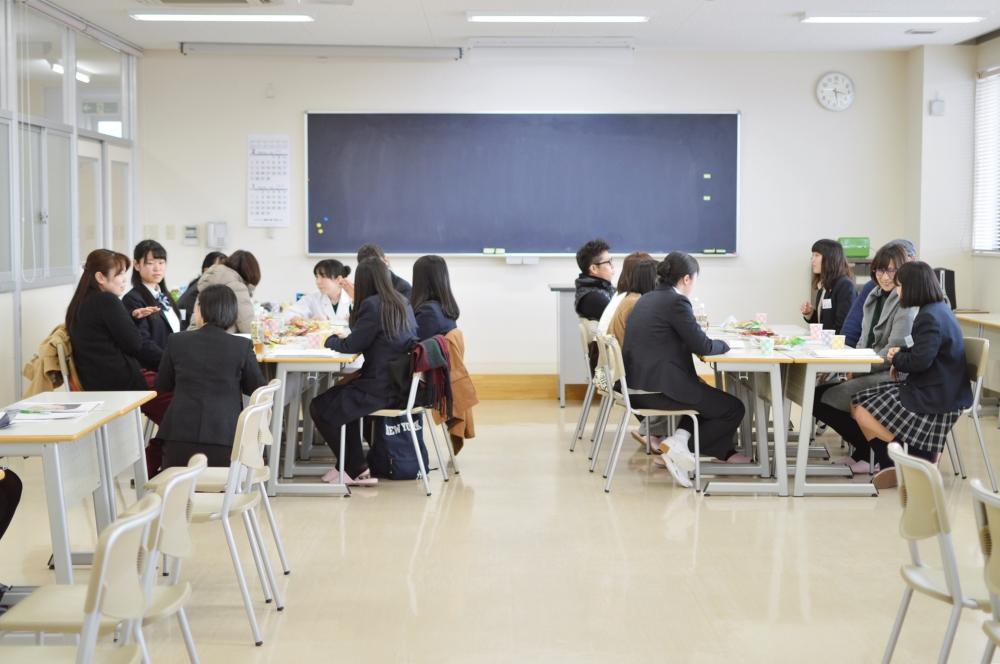 カフェコーナー (2).JPG
