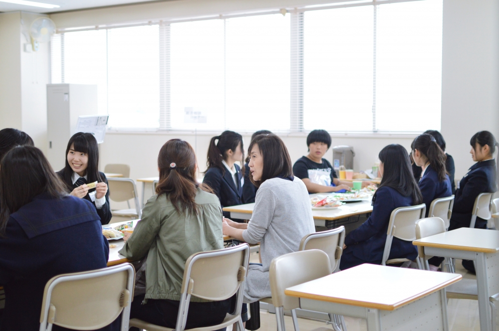☆カフェコーナー.JPG