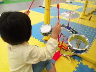 13日ドラム.jpg