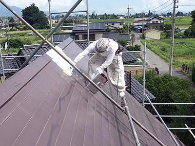 屋根塗装下塗り(エコサーモAP)
