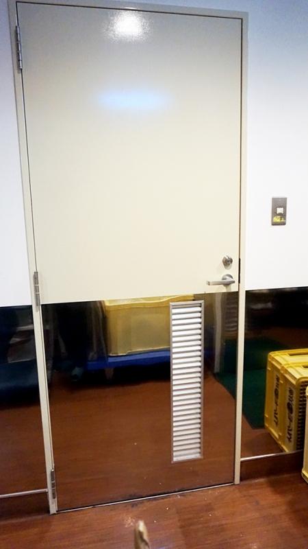 施工後_食品庫ドア