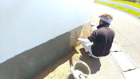 外塀_石貼り1