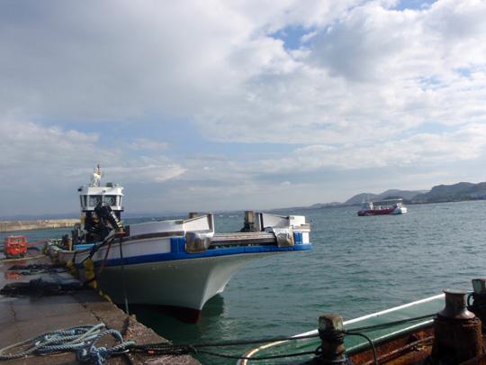 波左間漁港