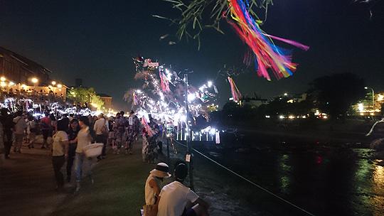 笹のライトアップ