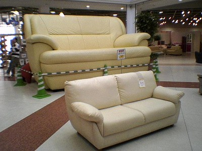 巨大ソファ