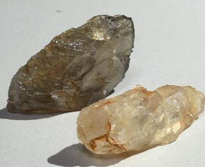 ダイアスポア 原石