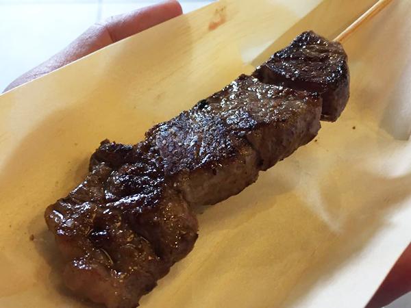 千成亭の近江牛串焼ステーキ
