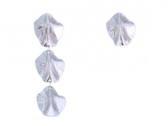 《予約販売8月上旬お届け》Floral Asymmetry Earring