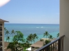 ホテルの部屋からみたワイキキ海岸