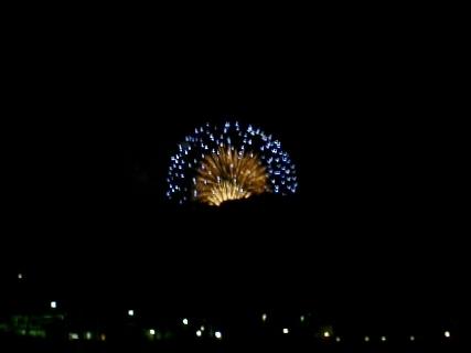 江ノ島から見た花火