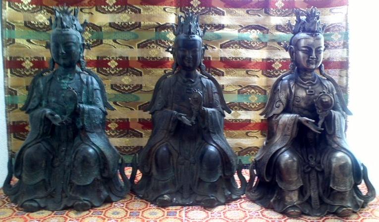 西王母三尊像
