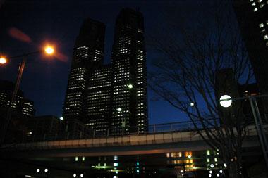 夜の新都心