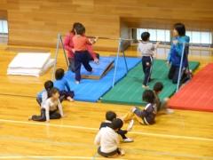 体操教室鉄棒