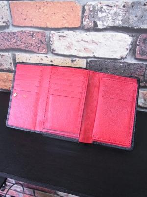 三つ折り財布 ミドルウォレット レザー