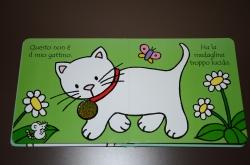 しかけ絵本(猫の1ページ)
