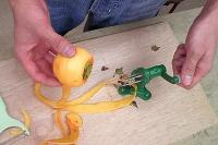 柿皮むき器実演4…きれいにむけた