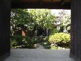 所沢郷土美術館門2