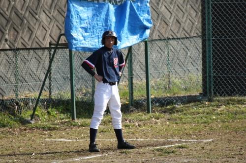 5C4O6977満塁のチャンスを見守るキャプテン田中孝征.JPG