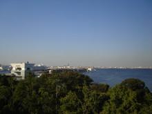 神奈川県民ホールからの眺め