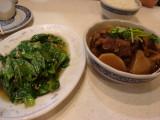 牛肉と大根の煮物に青菜炒め