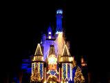 シンデレラ城もライトアップ