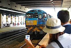 キュランダ行きの電車