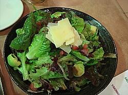 サラダがうまい