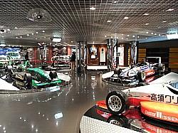 レースカーがいっぱい