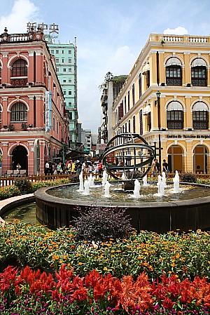 セナド広場の噴水