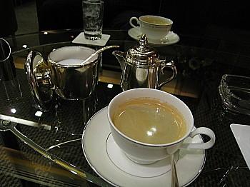 ラウンジでコーヒー♪