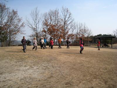 平成26年1月12日(日)「ミズノノルディック・ウォーキング体験講習会」場所:岩国運動公園