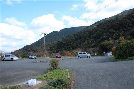 ゆらりんこ橋 駐車場