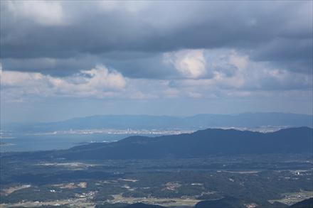 二丈岳山頂からの福岡市側の景色